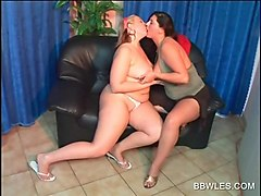 lusty bbw lesbian tastes boobs and cunt