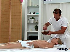cum in violette's pussy after internal massage