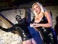 Mistress in latex suck and fuck male slave
