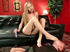 Calendar Girl: Trampling & Squirting