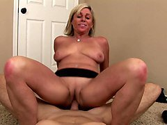 Payton Hall & Tim Cannon in Horny Milf Payton Hall Is Ready To Get Pumped By A Stud - SexyCougars