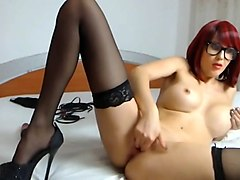 Nice redhair babe webcam anal show