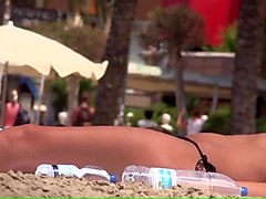 6884332 NICE BOOBS ON THE BEACH 720p - more on